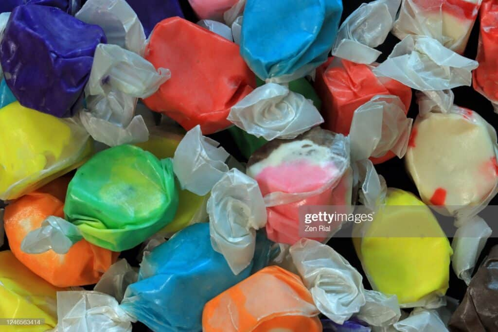 Here are the ingredients of Salt Water Taffy: sugar, cornstarch, corn syrup, glycerine, water, butter, salt, natural and/or artificial flavor and food color.
